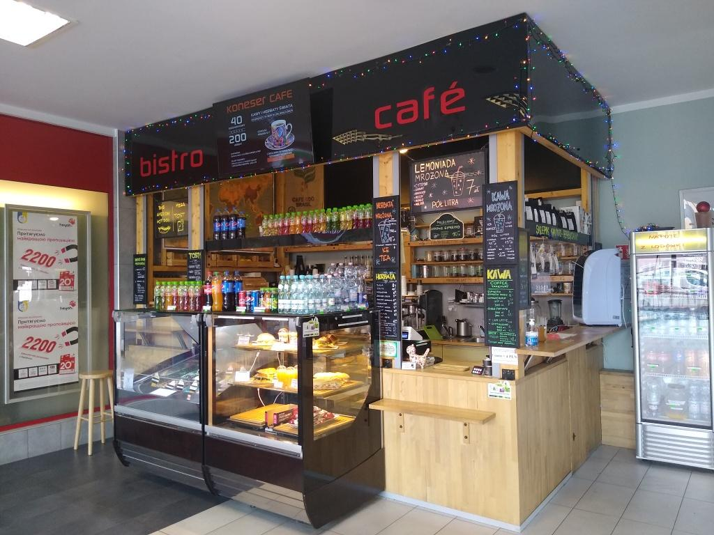 Koneser Café